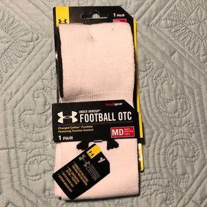 Under Armor Football socks Men's shoe sizes 4-8.5
